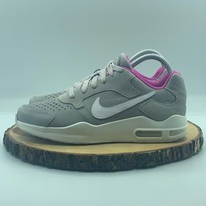 Nike Air Max Guille Youth 7/Womens 8.5